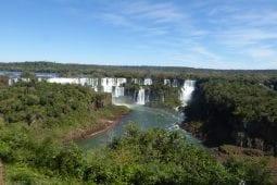 Les chutes vertigineuses du Parc national d'Iguazú